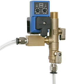 "1/2"" x 1/4"" MPT Self Cleaning Valve w/Drain Hose Kit"